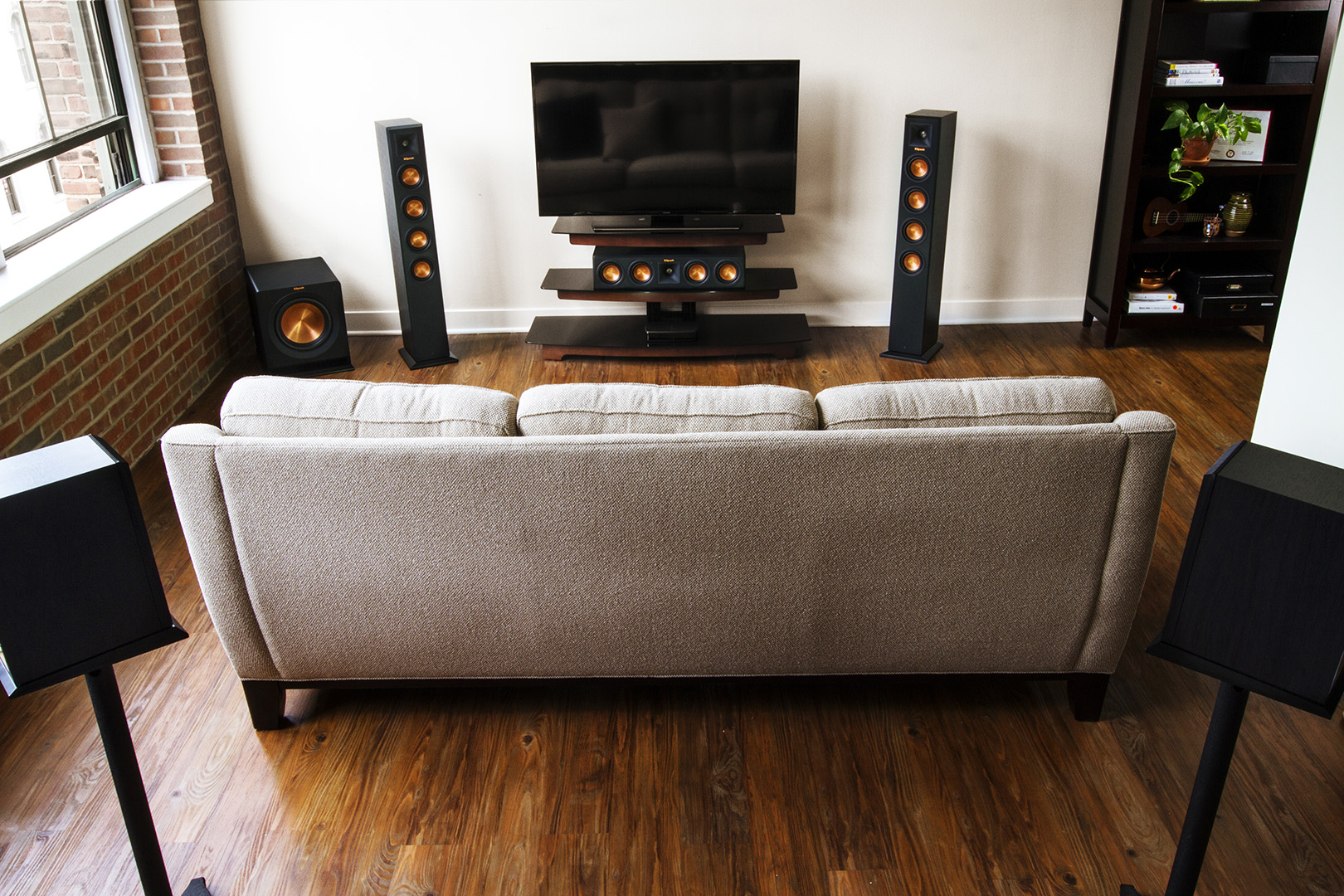 What You Need to Know About Speakers for Your Home Theater - Your Ears Will Love you After Reading This!
